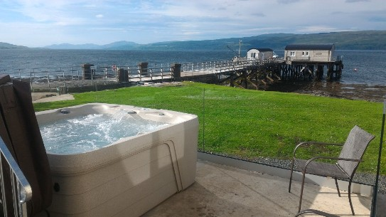 Salen Pier House sleeps 13