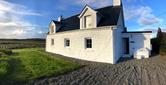 Tragic Mhor holiday cottage Mull